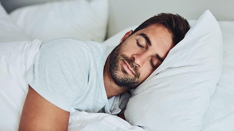Đi ngủ sớm giúp bạn dậy sớm hơn