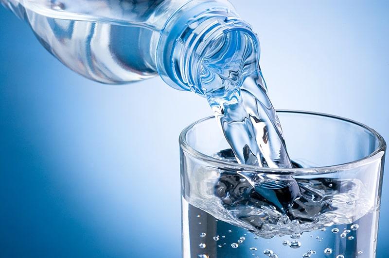 Uống nhiều nước hơn giúp cung cấp đủ nước cho não