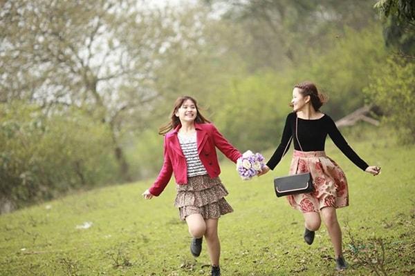 Sao phải đợi đến lúc cô đơn mới nhận ra giá trị của một người bạn?