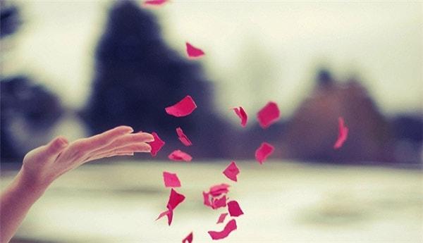 Tại sao càng yêu lâu lại càng dễ chia tay?
