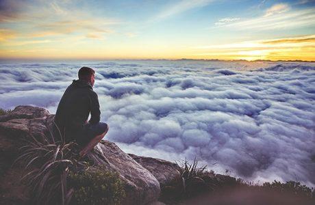 Tại sao con người hay muộn phiền khổ não?