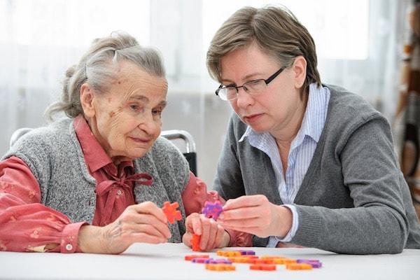 Bệnh mất trí nhớ Alzheimer có chữa được không?