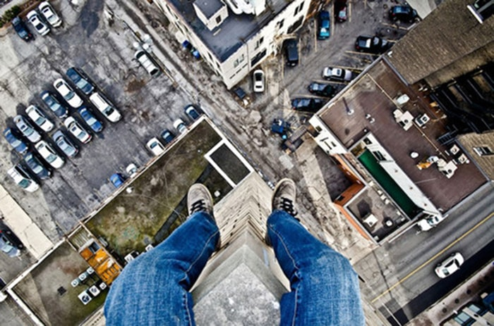 Sợ độ cao là 1 nỗi sợ hãi phổ biến nhất thế giới