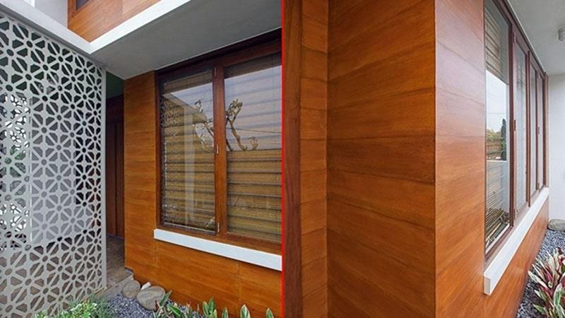 Gạch ốp tường giả gỗ tạo ra cảm giác gần gũi và ấm cúng