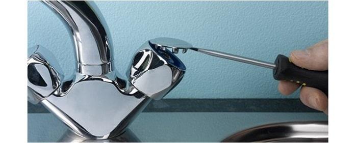 Cách tháo tay vặn vòi nước
