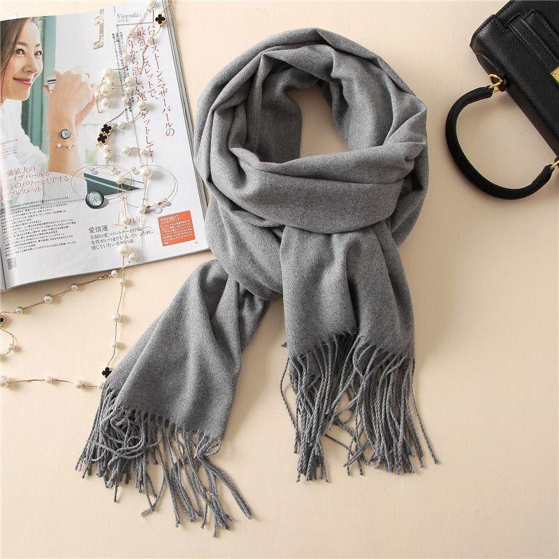 Một chiếc khăn lụa sẽ giúp mùa đông này của mẹ ấm áp