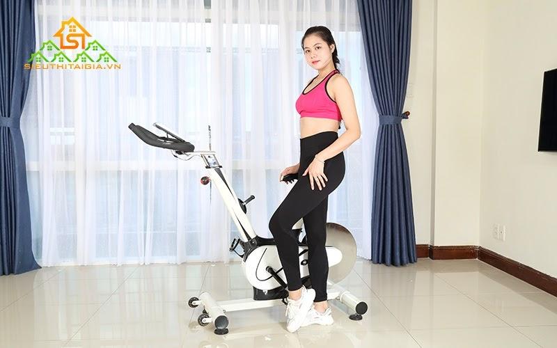 Xe đạp tập kiểu dáng hiện đại, tốt cho sức khỏe